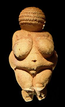 220px-venus_of_willendorf_frontview_retouched_2